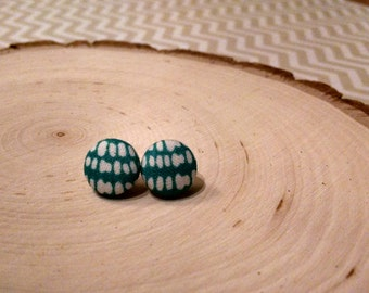 """Turquoise & white- fabric button stud earring, size 20 (1/2"""")"""