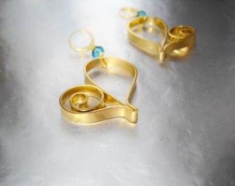 Big heart hearrings - Wire heart earrings - Dangle heart earrings