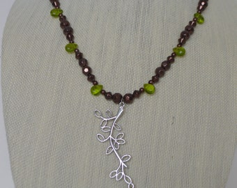 Leaves of green, necklace and earrings!