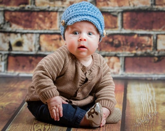 Sale! Ready to ship 0-3 months baby newsboy hat, hat for boys, light blue cotton beanie, newsboy hat with wooden buttons,  photo baby hat