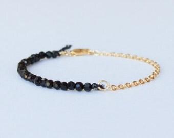 Jet glass beaded bracelet - gold plated chain - Everyday jewelry - Dainty gold plated bracelet - Stacking Bracelet - simple bracelet