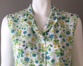 Vintage 1960s Sleeveless Top / 60s / Floral / Medium - Large