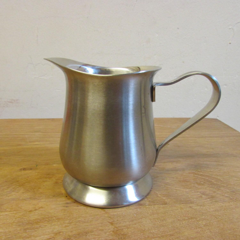 vintage oneida stainless steel milk jug creamer made in japan. Black Bedroom Furniture Sets. Home Design Ideas