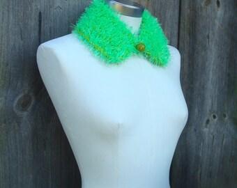 Hand Knitted Collar; Bright Green Peter Pan Collar; Neon Green & Yellow Green Spring Collar; Vivid Wool Blend Knit Collar with Wooden Pellet