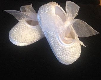 Stunning White Pearl baby pram shoes
