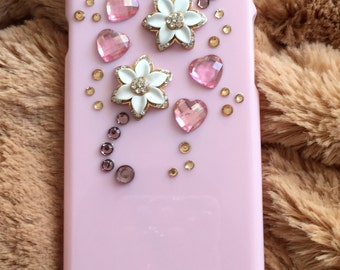 kawaii iphone case 6. Pink iphone case.blingbling. decoden. gifts for girl. Pink case