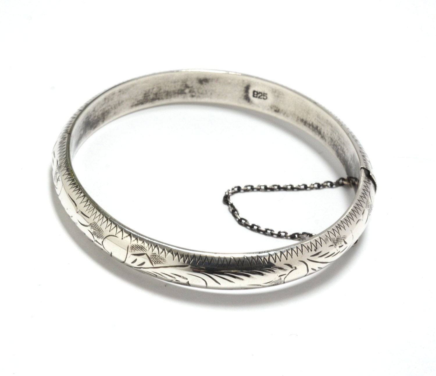 mexico sterling silver engraved bangle bracelet. Black Bedroom Furniture Sets. Home Design Ideas