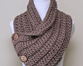 Chunky Crochet Cowl PATTERN, Scarf with Buttons, Neck Warmer, Easy Beginner Pattern, Made in Canada
