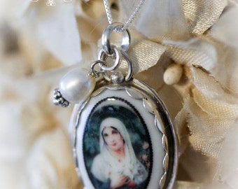 French Virgin Mother Mary Porcelain Sterling Necklace Freshwater Pearl Catholic Religious