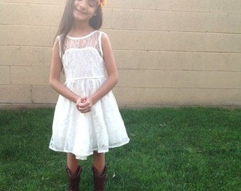 Sale!!! READY-TO-SHIP Ivory Lace Sweetheart Dress - 6T/7T - Christmas - Holiday - Special Occasion - Flower Girl