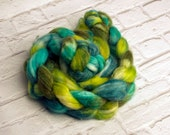 "Hand-dyed Combed Top (Roving) Spinning Fiber, Panda (Superwash Merino, Bamboo and Nylon) - ""Lizard"" 4 ounces"