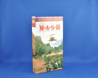 Vintage MASH VHS Tape - Comedy - Drama - War - 4077 - Hawkeye - Trapper - Duke - Hot Lips - Trapper - Radar - Surgeon - Medical - Medics