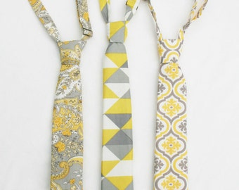 Boys Yellow and Grey Necktie, Buttercup Neck Tie, Toddler Necktie, Wedding Ring Bearer, Baby Boy Tie, Youth Necktie, Gray and Yellow