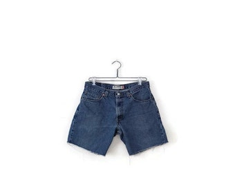 Free shipping  Vintage W32  LEVI'S 550 Men's cut off   Denim Shorts from 90's*