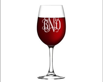 ONE Custom Monogram Wine Glass, SHIPS FAST, Personalized Etched Wine Glass, Engraved 11 Oz Wine Glass, Bridesmaid Gift, Wedding Gift, Wine