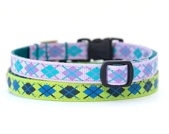 Argyle Cat Collar with Breakaway Safety Buckle - 3/8 inch width - Pattern: Blue & Green Argyle