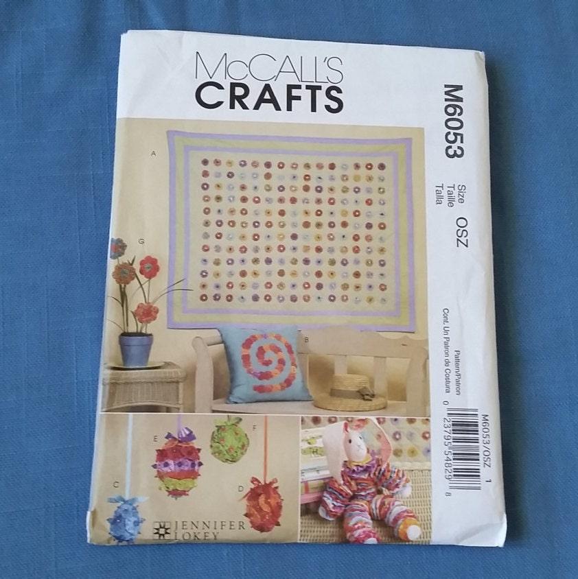 Mccall 39 s crafts pattern yo yo quilt pillow by sewscrappymama for Yo yo patterns crafts