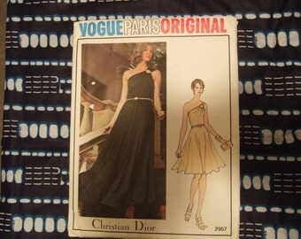 Vogue Paris Original 2957 size 10 Uncut Christian Dior