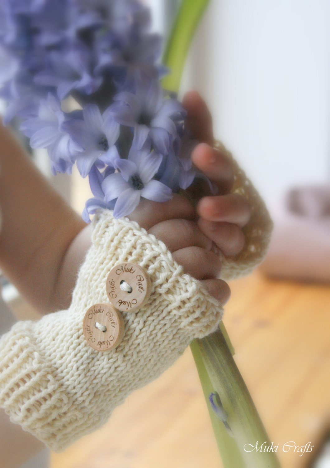 Basic Knitting Pattern For Baby Mittens : KNITTING PATTERN basic fingerless gloves Kelly (baby ...