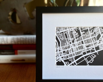 Leslieville in Toronto, ON Paper cut map | 5x7