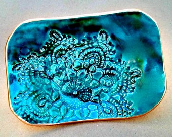 Ceramic  GREEN Lace Trinket Dish Soap Dish Sponge Holder edged in gold