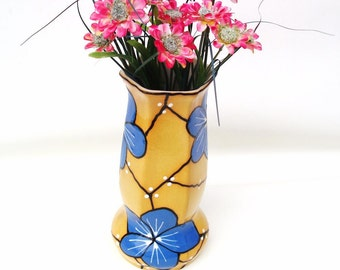 Vintage Czechoslovakia Vase / Hand Painted Czech Pottery / Art Deco Moriage Blue Flower Vase Yellow Honeycomb Flower Container