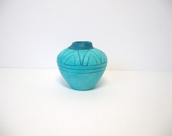 Ceramic miniature Indian pot