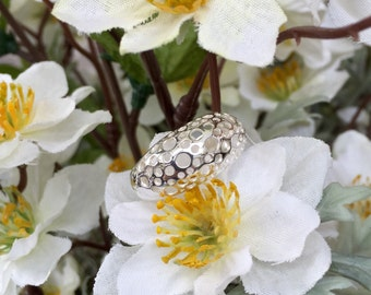 Sterling Silver Domed Holes Ring (st - 1343)