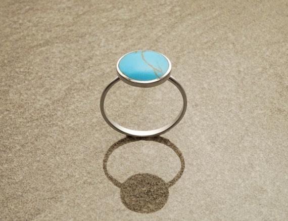 Image du produit Bague Empilable Argent et Turquoise. Bague Ronde Turquoise Bleue et Argent 925. Mixer les Formes et Couleurs pour Crer une Bague Unique.
