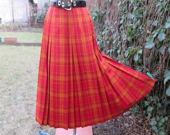 Wool Skirt / Woolen Skirt / Skirt Vintage / Wool Skirt / Maxi / Pleated Skirt / Tartan Skirt / Size EUR38 / 40 / UK10 / 12 / Red / Yellow