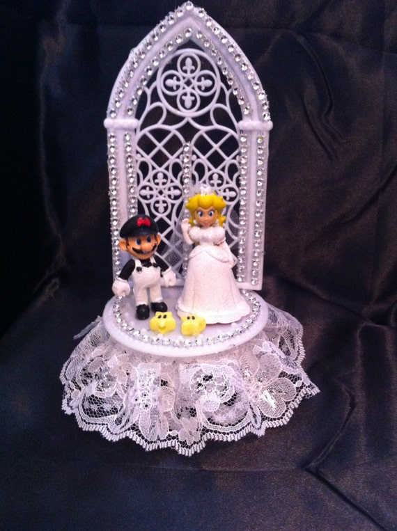 Mario And Princess Peach Wedding Cake By UniqueWeddinCreation