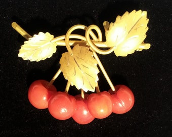 Yellow Gold Brooch Pin Set With 5 Coral Cherry Drops With Matching Coral Earrings