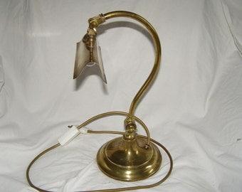 ANTIQUE DESK LAMP  early1900's   French Lampe de Bureau.  Genuine elegant adjustable swan neck brass lamp