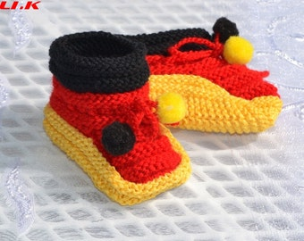 "Knit baby shoes for small ""German countries""!"