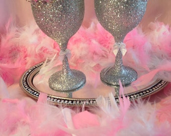 Silver glittered champayne glasses with crystals