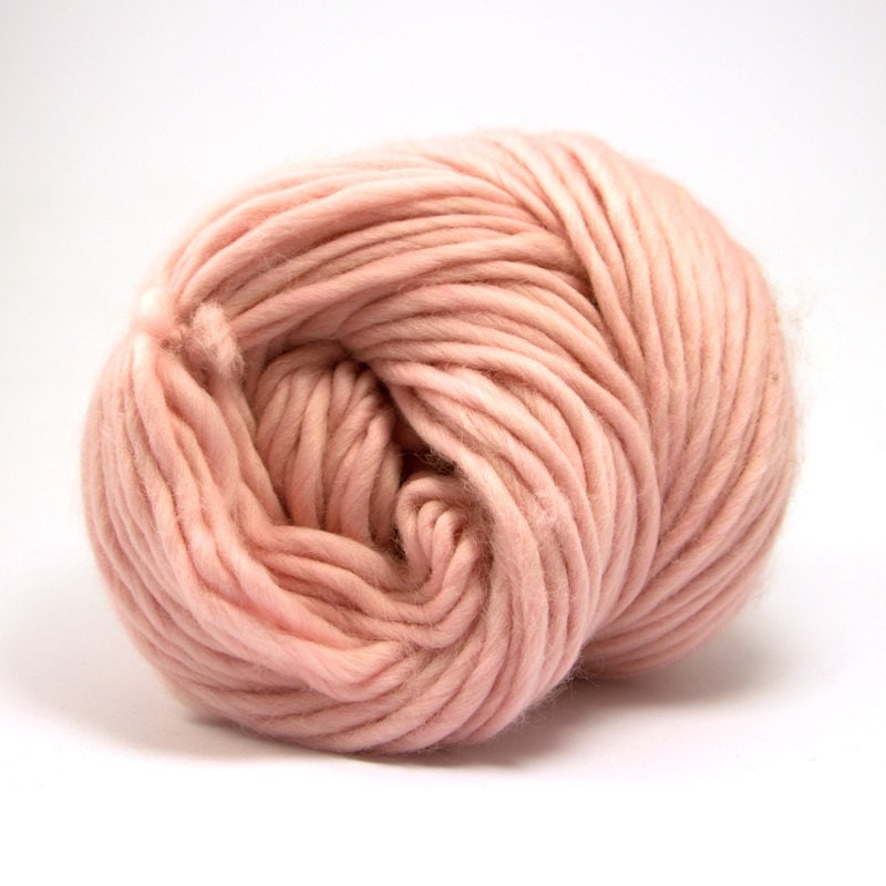 Super Bulky Yarn : Baby Pink Super bulky merino yarn Super chunky by CloversCrochet
