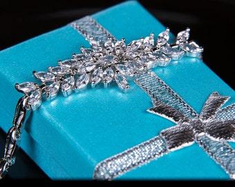 Crystal bracelet, Bridal bracelet, Rhinestone Bracelet, Swarovski Bracelet, Wedding bracelet, Bridal accessories, Prom, Crystal Bracelet b44