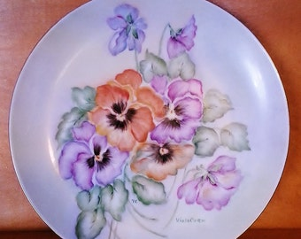 Pansy Plate by Viola Corn