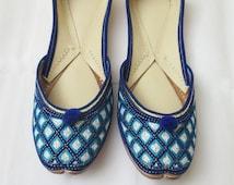 Handmade Women Royal Blue Flat Shoes/ Punjabi Jutti/Royal Blue Shoes/Indian Bridal Shoes/Flat Shoes Khussa Jutti/US Size 5