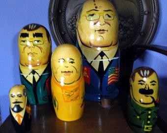 Set of Russian nesting dolls: G