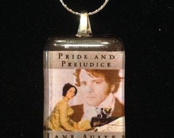 Jane Austen's Pride and Prejudice book cover pendant