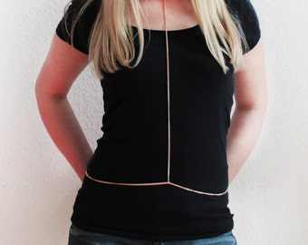 Simple harness necklace