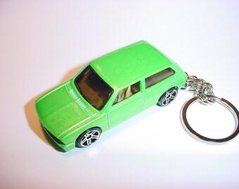 3D Volkswagen Brasilla custom keychain by Brian Thornton keyring key chain finished in green color racing trim bug diecast metal body vw