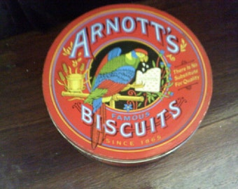 Arnotts Heritage 450gm Biscuit Tin