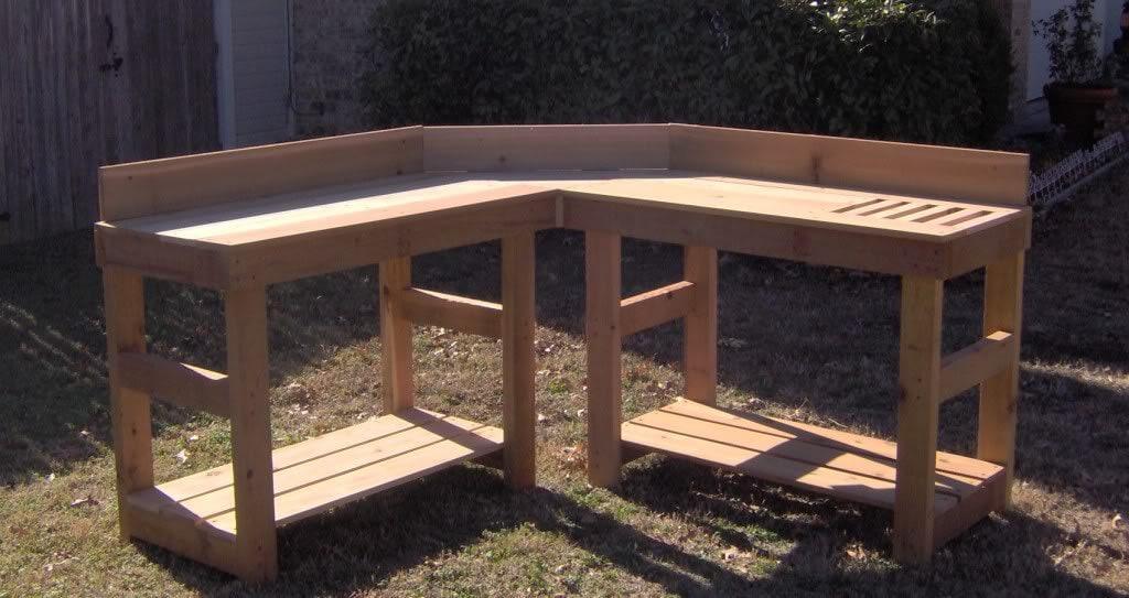 Brand New Corner Cedar Potting Bench Free Shipping