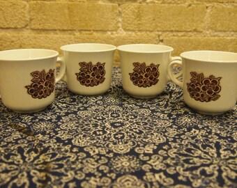 Set of 4 Vintage Corelle Batik Pattern Flair Cups