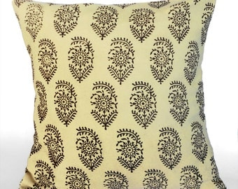 block print throw pillow/ Indian block motif/ hand block print/ cotton cushion cover/ cream and black/ lining/envelope back/ toss pillow