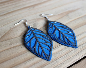 earring leaf with blue leather