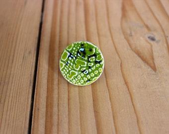 green ceramic ring