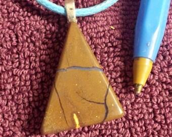 boulder opal pendant....